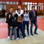 Les médaillés espoirs et écoliers A avec leur coach